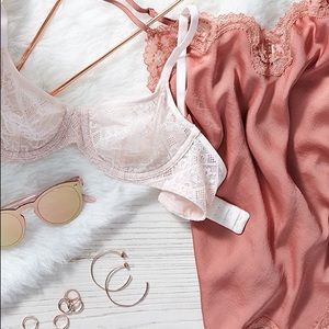 LINGERIE STYLE BOX | RESELLERS BOX • NWT 10 pieces
